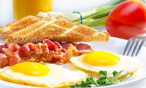 Free Breakfast Golf Package